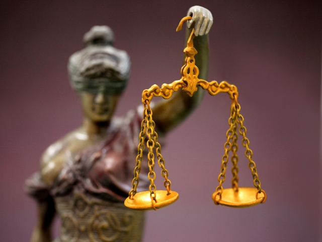 相続税で「路線価」を否定